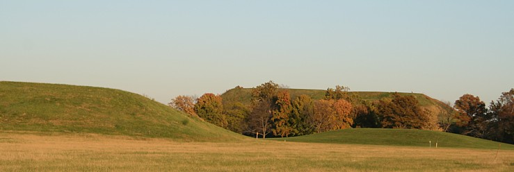 monk's mound at cahokia